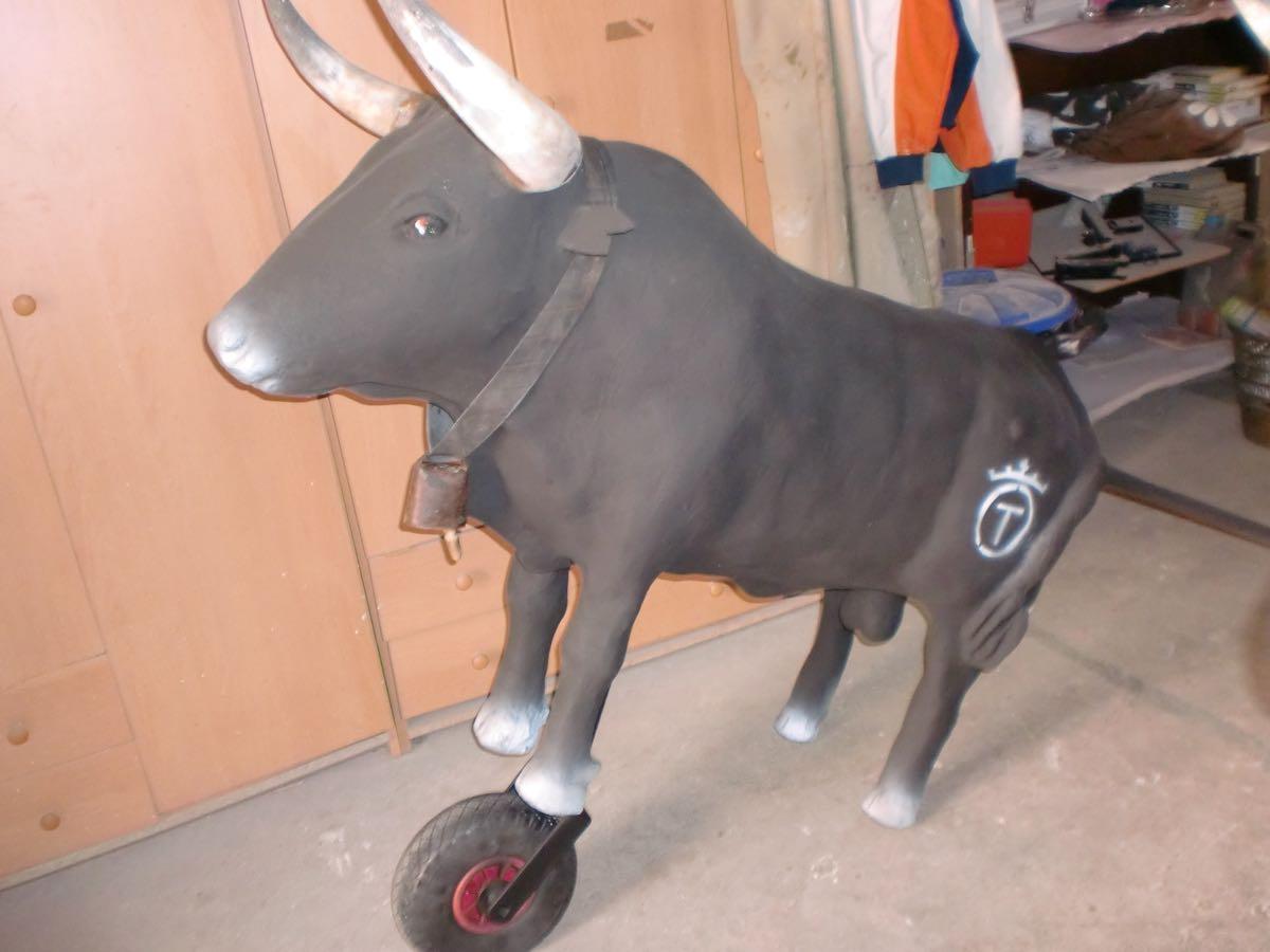 toros-de-rueda-y-fuego-01