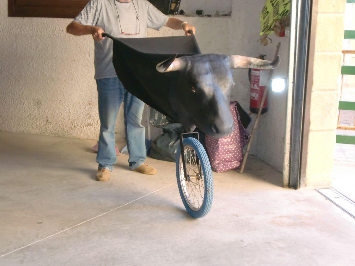 toros-de-rueda-y-fuego-02